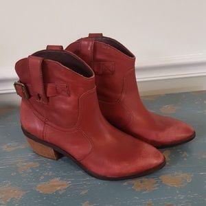 Lucky Brand LK Jordan Pull-On Western Booties
